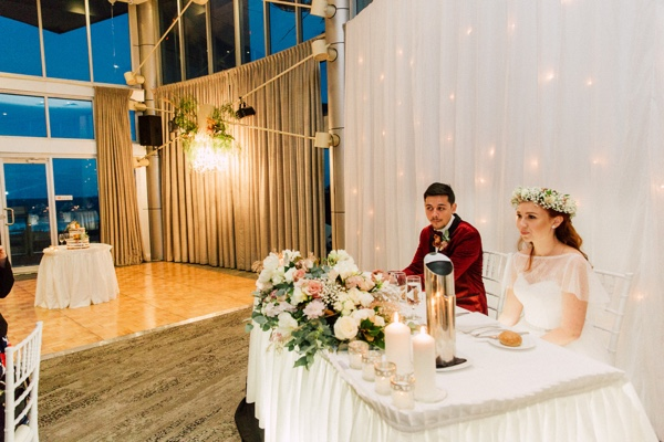 city beach wedding reception main table